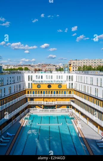 Luxury paris apartment stock photos luxury paris for Molitor swimming pool paris