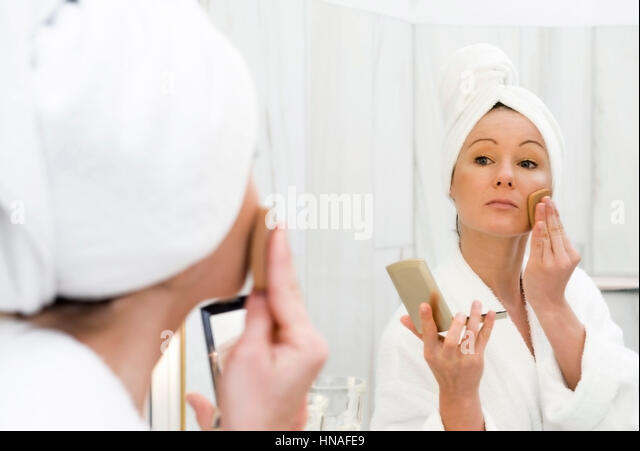 young boy take bath on stock photos & young boy take bath on stock, Badezimmer ideen