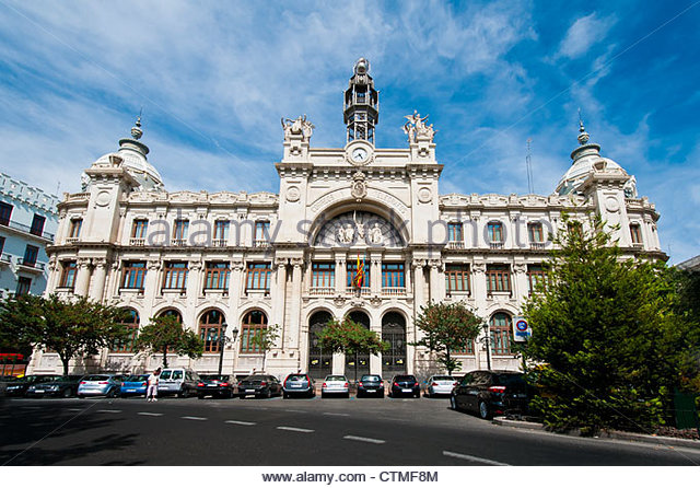 Telegrafos stock photos telegrafos stock images alamy for Horario oficina de correos valencia