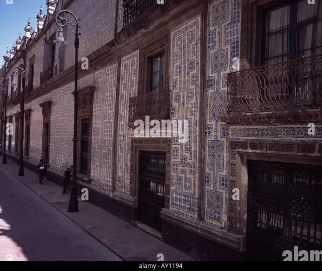 Sanborns stock photos sanborns stock images alamy for Sanborns azulejos mexico city