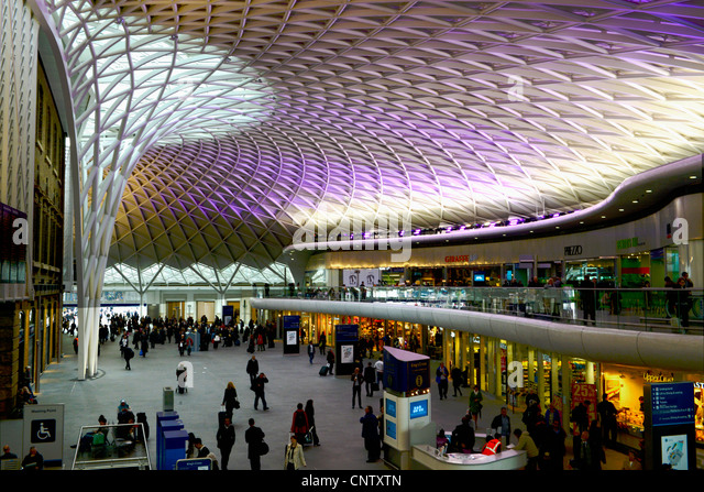 Kings cross station stock photos kings cross station stock images alamy - Kings cross ticket office opening times ...