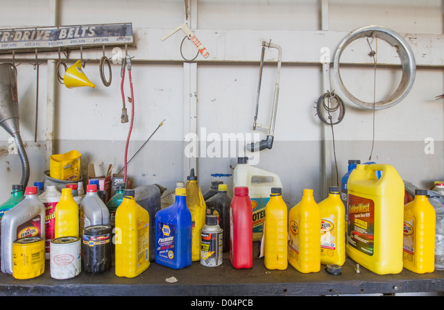 Motor Oil Cans Stock Photos Amp Motor Oil Cans Stock Images
