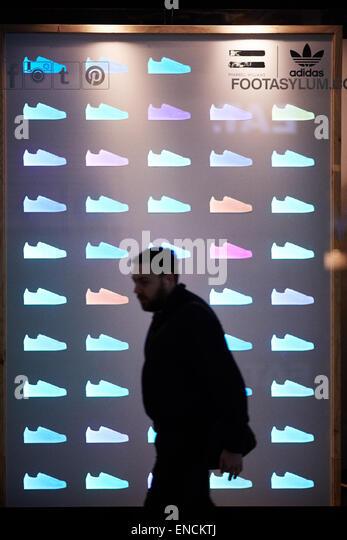 Adidas Superstar Advert