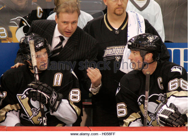 pittsburgh-penguins-head-coach-michel-th