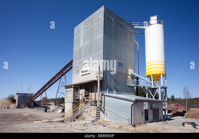 Concrete Production Plant : Lohja stock photos images alamy