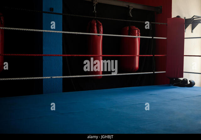 empty boxing gym - photo #10