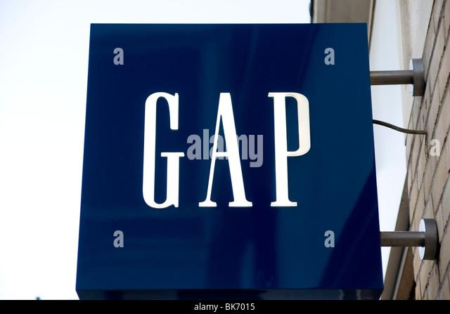 Gap Shop Sign Stock Photos & Gap Shop Sign Stock Images ...