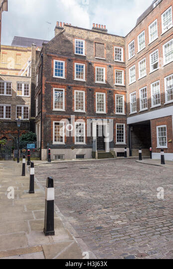 london by samuel johnson 77 london scotland johnson: the happiness of london is not to be conceived but by those who have been in it i will venture to say, there is more learning and.