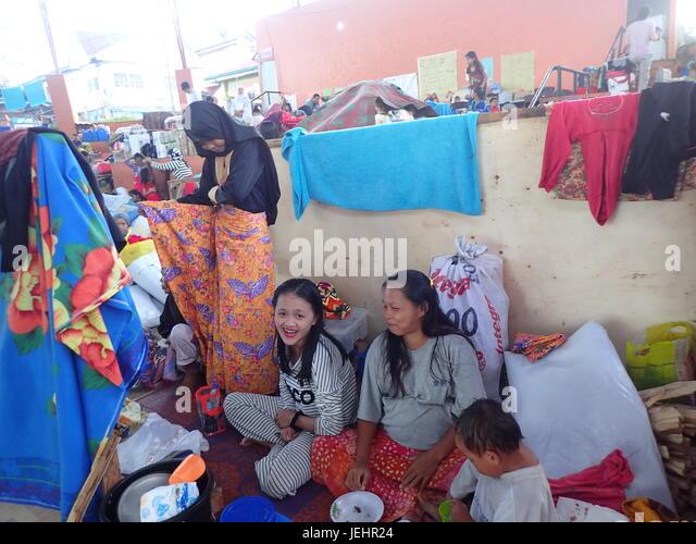marana muslim July, 1966 the maranao muslims in lumbayao, lanao generoso f rivera 127 ' • the barrio of lumbayao in watu (dis trict), lanao, is located on the west fringes.