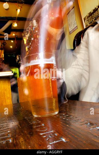 beer-pub-oban-scotland-aggryf.jpg