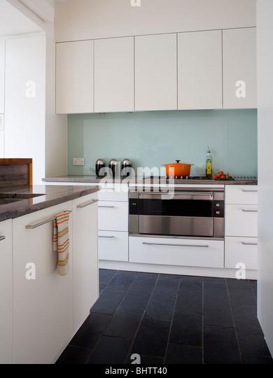 kitchen splash back monochromatic stock photos & kitchen splash