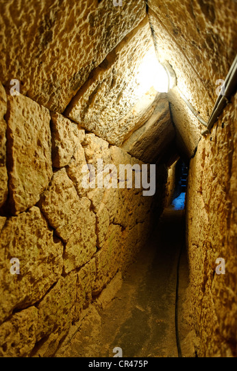 Aqueduct And Tunnel Stock Photos & Aqueduct And Tunnel ...
