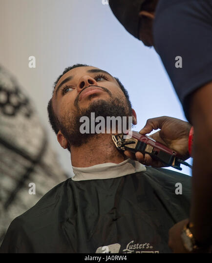 Trimmers Stock Photos Amp Trimmers Stock Images Alamy