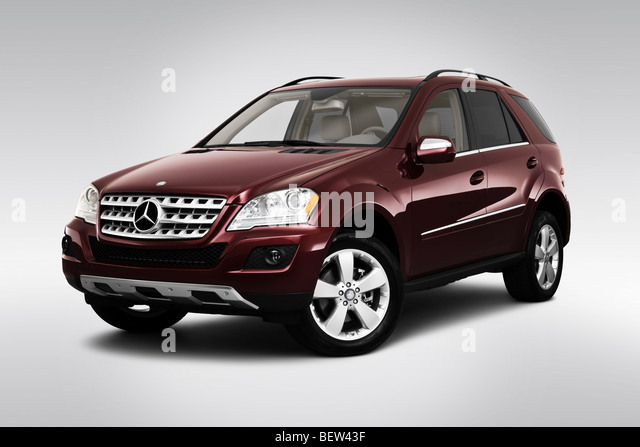 Ml350 stock photos ml350 stock images alamy for Mercedes benz 745