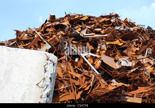 pile-of-scrap-metal-c5aty8.jpg