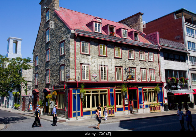 Cafes in quebec stock photos cafes in quebec stock for Small historic hotels