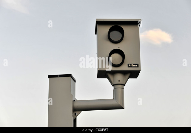 proposal for automated speed radars for Traffic logix safepace radar speed signs are effective in slowing cars down speed radar display signs have been shown to slow drivers an average of 10% anti-glare lens system and automatic ambient light adjustment.