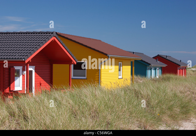 bungalows stock photos bungalows stock images alamy. Black Bedroom Furniture Sets. Home Design Ideas