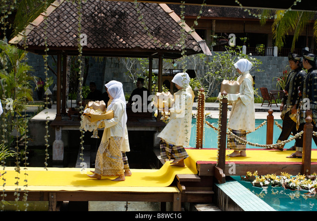 Traditional Malay Wedding Stock Photos & Traditional Malay Wedding ...