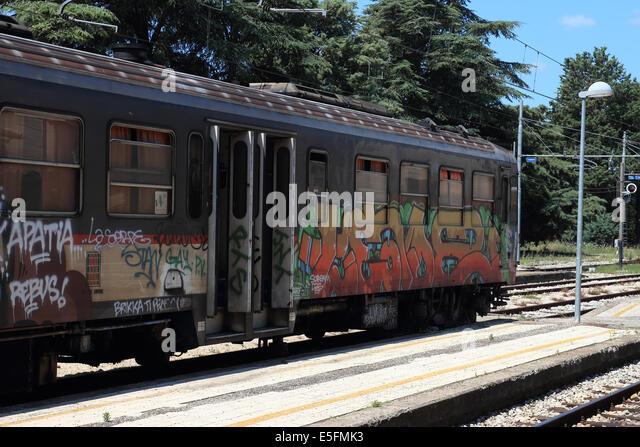 arezzo chiusi italy train - photo#48