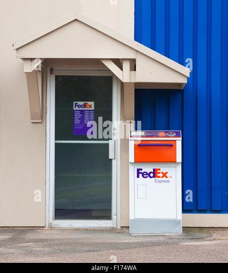 TRURO CANADA - AUGUST 09 2015 FedEx drop off delivery box. FedEx & Fedex Box Stock Photos u0026 Fedex Box Stock Images - Alamy Aboutintivar.Com