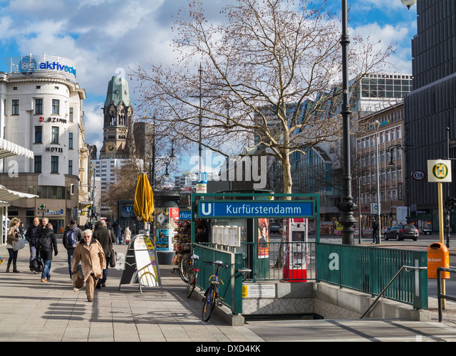 kurfurstendamm berlin shopping stock photos kurfurstendamm berlin shopping stock images alamy. Black Bedroom Furniture Sets. Home Design Ideas