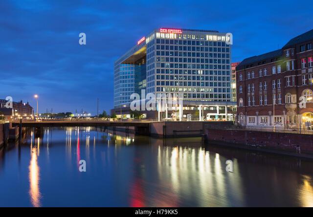 Spiegel stock photos spiegel stock images alamy for Der spiegel hamburg