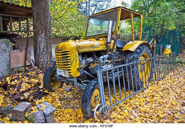 Broken Tractor Ford : Broken tractor stock photos images