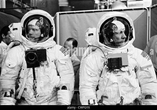 neil armstrong astronaut training - photo #23