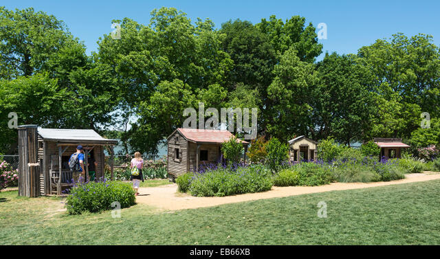 Childrens Playhouse Stock Photos Childrens Playhouse Stock Images Alamy