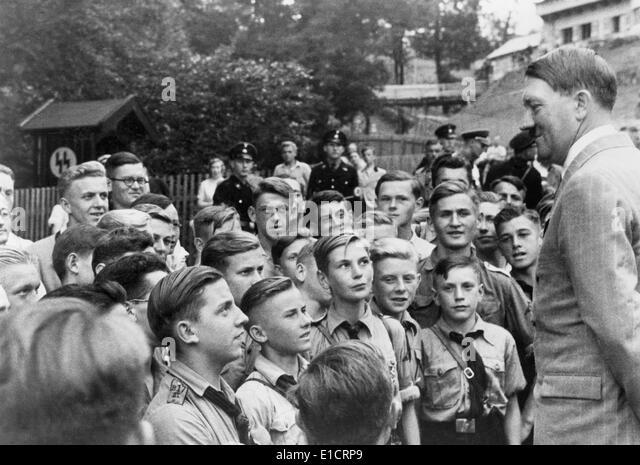 the hitler youth German reich 1933–1945 playlist:   original german title: hitlers kinder (2000) (mini.