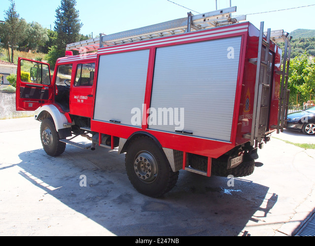 Mercedes Fire Engine Of The Fire Sub Station Of Apollonia, Pyrosvestiko  Klimakio Apollonion,