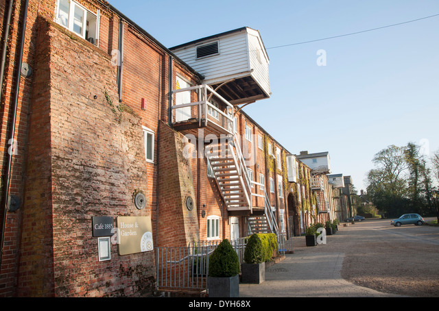Converted Houses Flats Homes Stock Photos Amp Converted