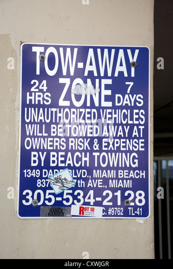 Tow Truck Saskatoon >> Tow Away Zone Stock Photos & Tow Away Zone Stock Images ...
