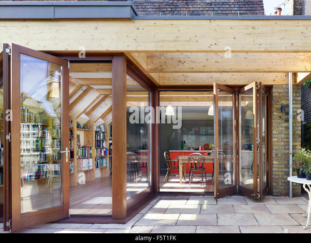 Timber frame of extension with concertina doors. Wendell Rd London United Kingdom. & Concertina Door Stock Photos u0026 Concertina Door Stock Images - Alamy pezcame.com