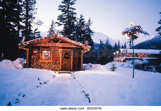 Log Cabin Christmas Alaska Stock Photos & Log Cabin Christmas ...