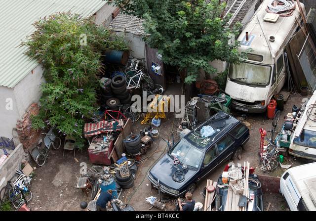 Wen2k Com Junk Yard Salvage Yard Auto Repair Garage: City Junk Yard Stock Photos & City Junk Yard Stock Images