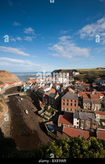 Exterior house uk september stock photos exterior house for Cool places to visit on the east coast