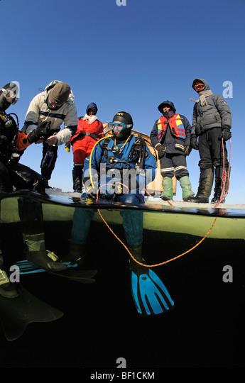 Russian Icedivers Love Rock