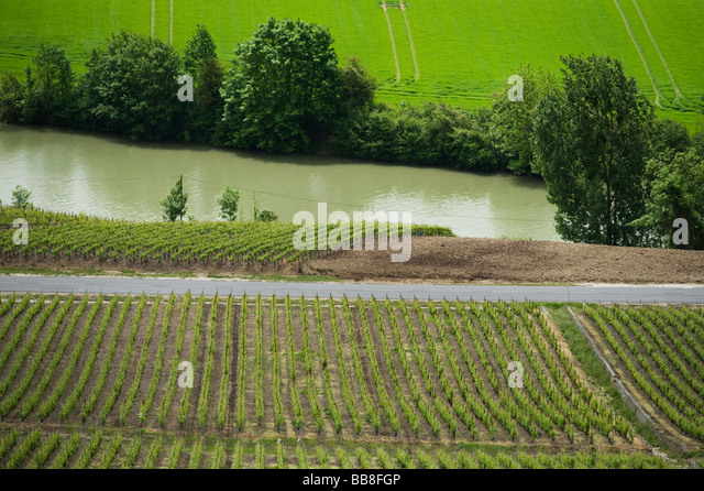 Marne valley trees river stock photos marne valley trees for Champagne marne