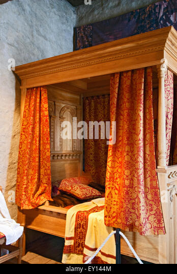 Four Poster Bed With Curtains Stock Photos Amp Four Poster