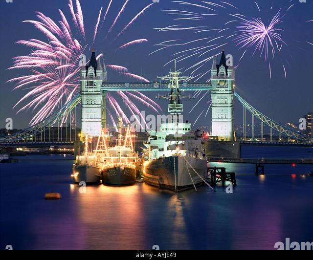 bridge gb night london - photo #12