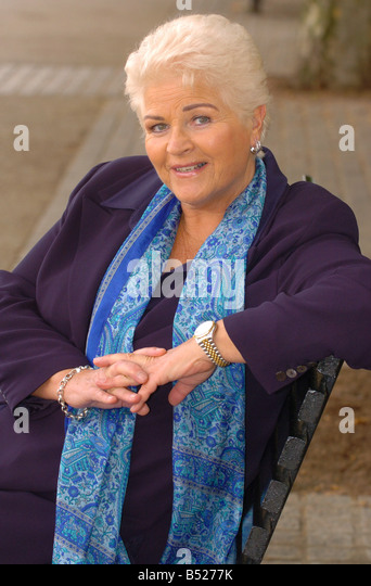 Hot Pam St Clement  naked (68 fotos), Twitter, braless
