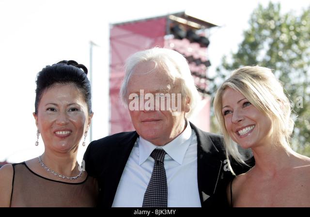 Anthony Hopkins And Wife Stock Photos & Anthony Hopkins ...