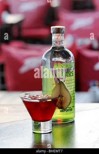 Absolute vodka stock photos absolute vodka stock images for Pear vodka mixed drinks