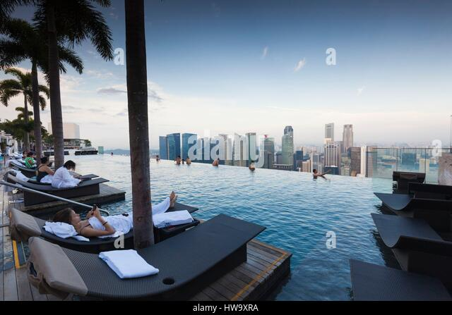 Rooftop Swimming Pool Stock Photos Rooftop Swimming Pool Stock Images Alamy