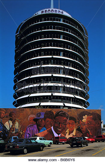 Hollywood Records: Capitol Records Building Los Angeles Stock Photos