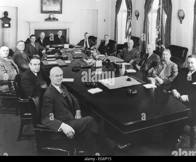 Cabinet Officers Stock Photos & Cabinet Officers Stock Images - Alamy