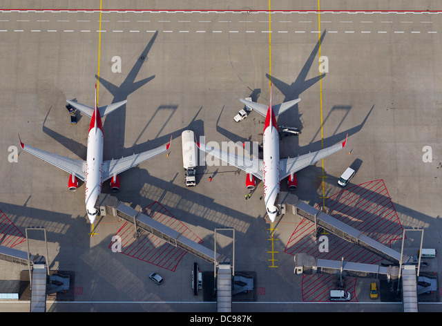 Air Planes At Cologne Bonn Airport Stock Photos Air Planes At