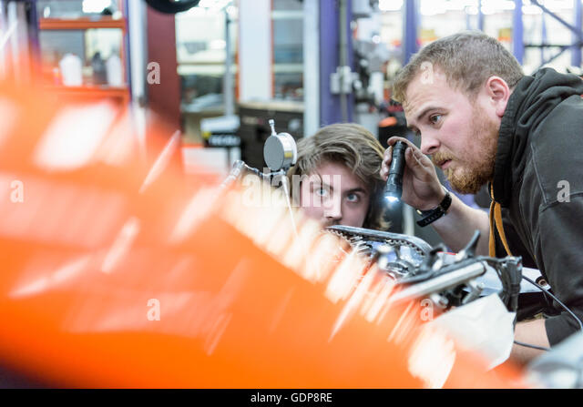 Mechanical Engineering Apprentice Stock Photos & Mechanical ...